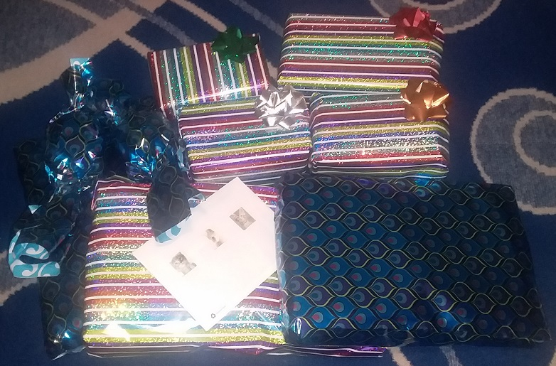 Swap gifts - 1.jpg